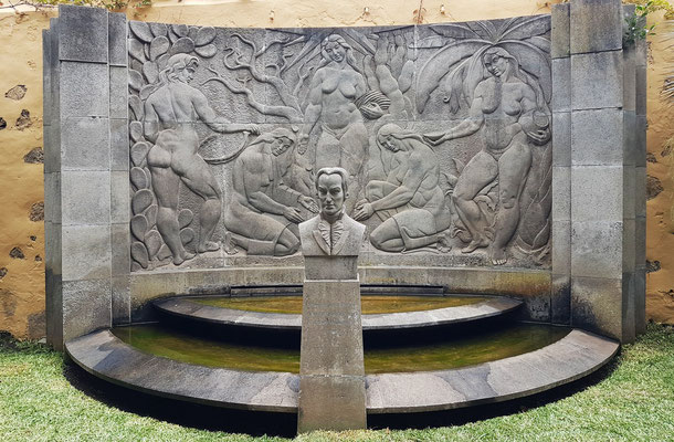 Gründerdenkmal (E. Cejas Z. 1961) im Jardín Botánico