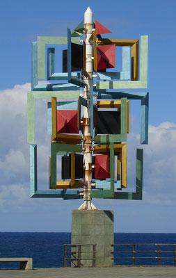 Las Palmas, Windspiel an der Punta del Arrecife am nördlichen Ende des Paseo de las Canteras