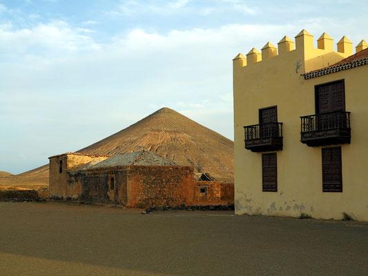 Casa de Los Coroneles, 1740