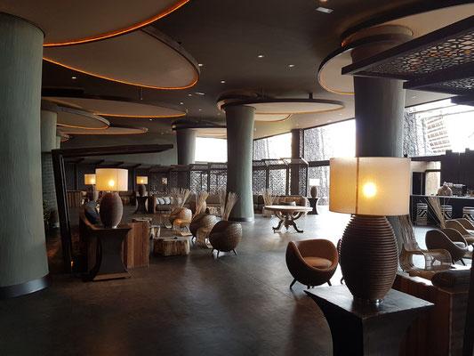 Lopesan Baobab Resort, Bar mit Sitzecke