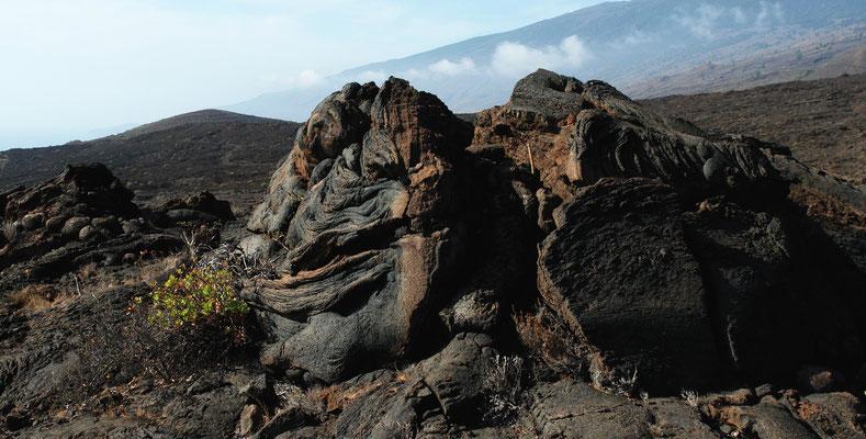 Los Lajiales. Lavastrukturen im Süden von Hierro