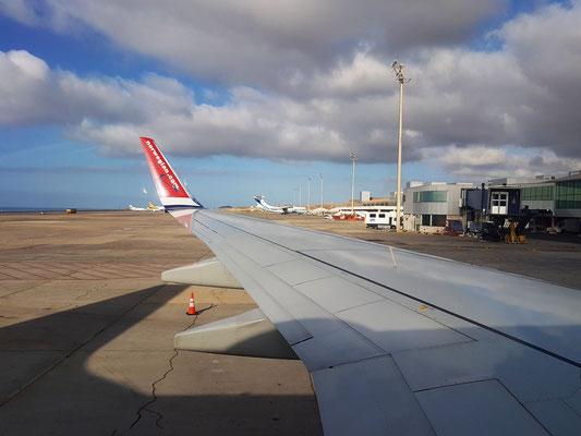 Auf dem Aeropuerto Teneriffa Süd, kurz vor dem Start