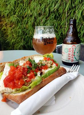 Im Gartenrestaurant von Café de Jaren, Nieuwe Doelenstraat 20