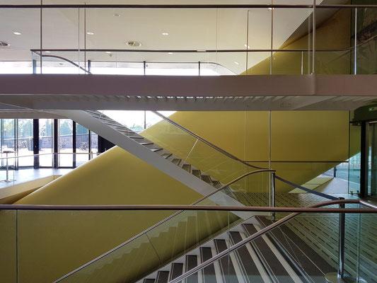 Neuer Gebäudeteil des Stedelijk Museums, Treppenhaus