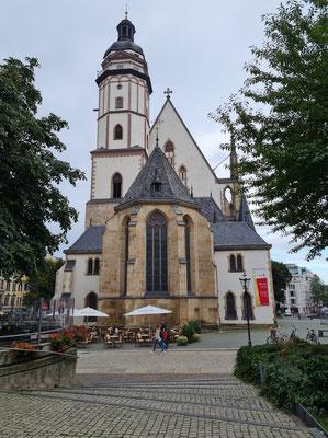 Thomaskirche in Leipzig, von Osten. Hier war Johann Sebastian Bach Thomaskantor. Hier befindet sich auch seine Grabstätte.