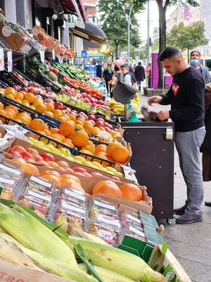 Gemüsestand in Neukölln