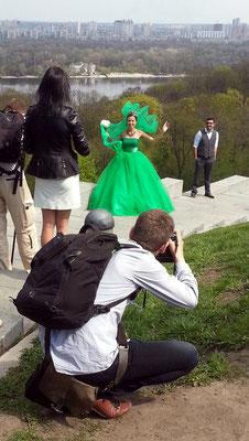 An Samstagen finden sich im Park die Hochzeitspaare zum Fotografentermin ein.