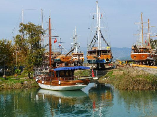 Bootsplatz für Reparaturen