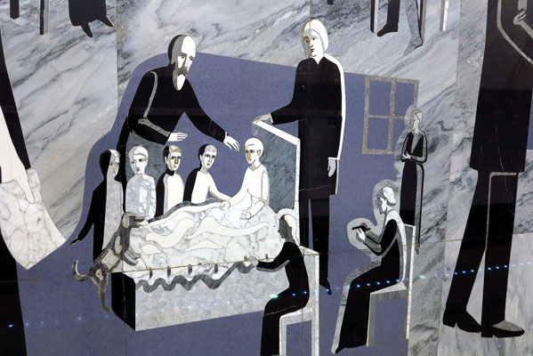 Dostoevskaja, Technik der Florentiner Mosaike (Natursteine in natürlichen Farbtönen)