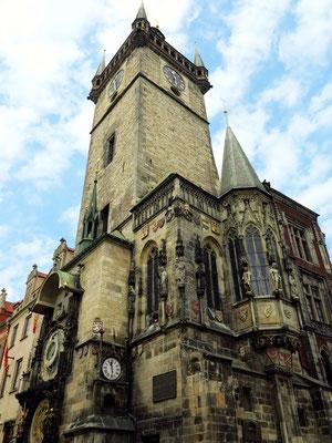 Altstädter Rathaus mit fast 70 m hohem Turm (1364)