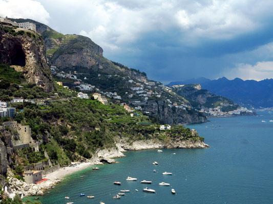 Amalfiküste, Blick von Conca dei Marini nach Osten bis Amalfi