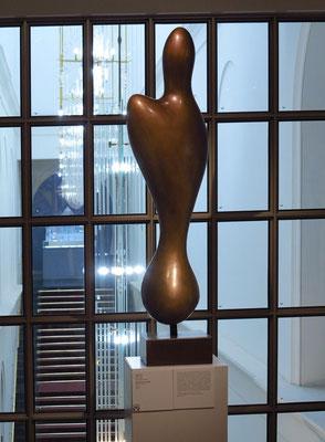 """Hans Arp (1886 - 1966): """"Beschwingtes Sein"""", Bronze, 1961"""