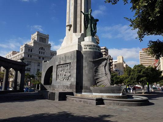 Denkmal der Gefallenen (Monumento a Los Caídos)