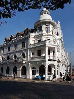 Altehrwürdiges Queen's Hotel in Kandy