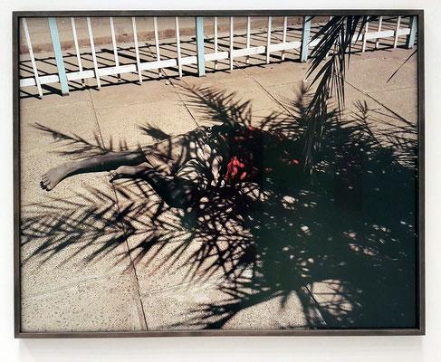 """Viviane Sassen: Ein Foto aus der Werkserie """"Umbra"""" (lat. Schatten)"""