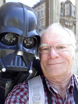 Begegnung mit Darth Vader, einem ehemaligen heroischen Jedi-Ritter, von der dunklen Macht verführt (Star Wars)