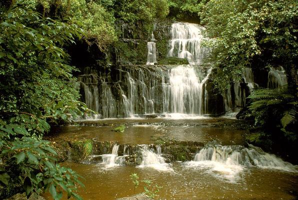 NZ Purakaunui Falls
