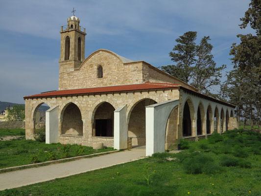 Kirche Agios Afksentios in Büyükkonuk