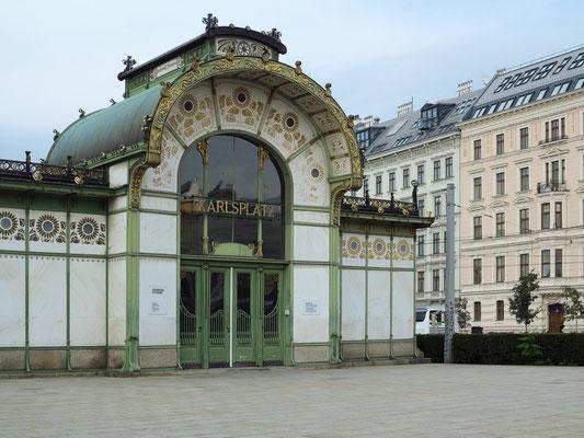 Der Otto Wagner-Pavillon am Karlsplatz. Entstanden ist der Jugendstil-Pavillon 1898 im Zuge der Errichtung der Stadtbahn.