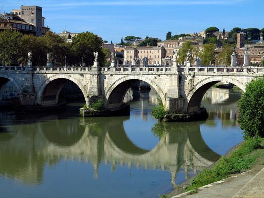 Ponte Sant'Angelo (Engelsbrücke)