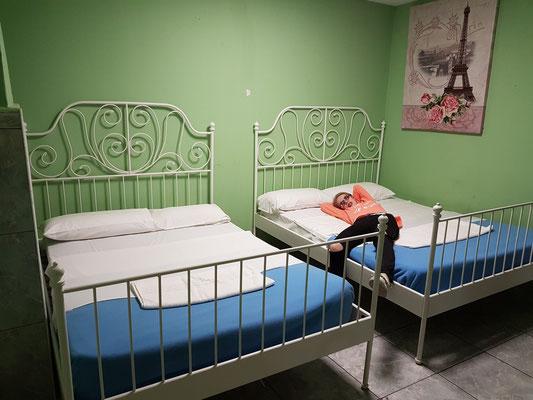 Los Cristianos, im Tenerife Hostel, Zimmer 3