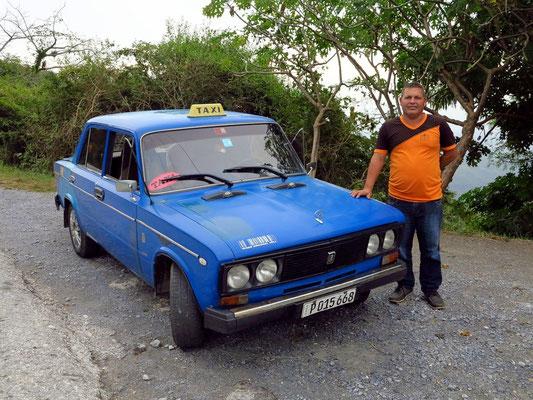 Unser altes Lada-Taxi mit fahrer