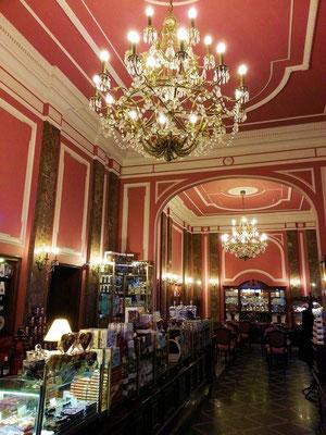 Café Wedel, eine großartige Adresse für das traditionelle Warschau