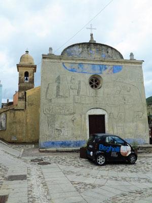 Chiesa Sa Itria mit Ritzzeichnungen von Constantino Nivola, 50er Jahre des 20. Jahrhunderts