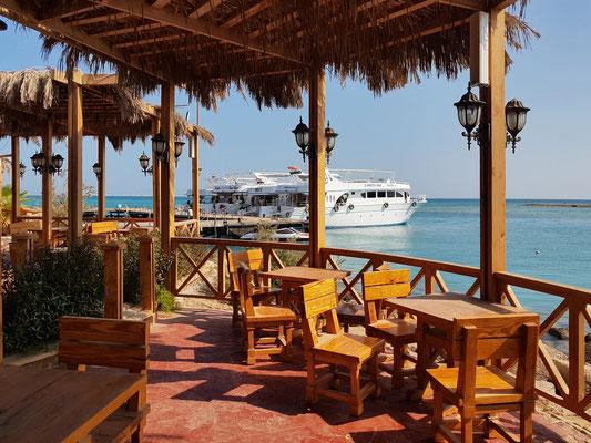 Strandbar des Hilton Resots