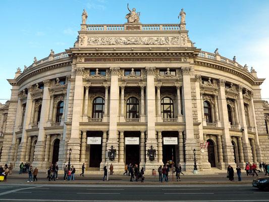 Burgtheater, eine der bedeutendsten Bühnen Europas, das größte deutschsprachige Sprechtheater.