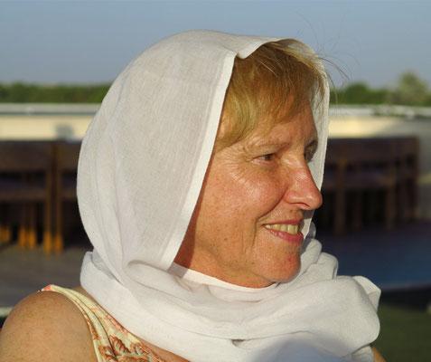 Rosemarie K. auf dem Sonnendeck