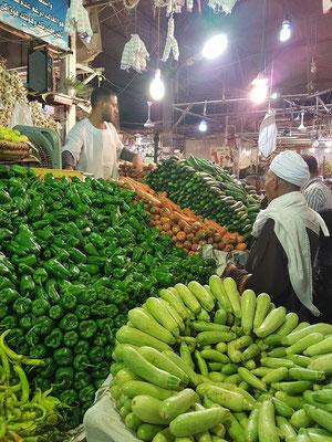 Gemüse- und Obstmarkt in Hurghada-Dahar