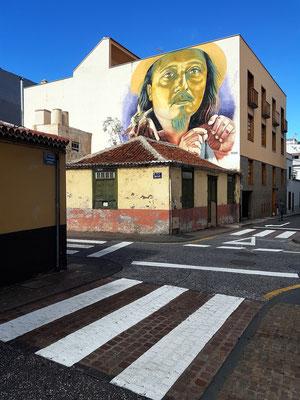 Fassadenmalerei  an der Ecke Calle San Felipe/Calle Teobaldo Power