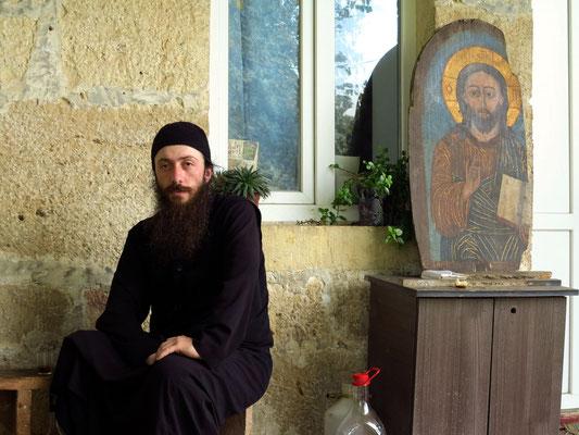 Mönch im Kloster Gelati