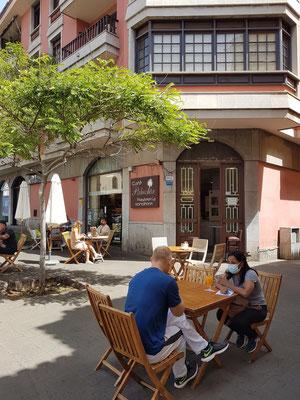 La Laguna, Café Palmelita, Pastelería und Konditorei, neben der Iglesia de la Concepción