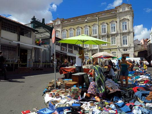 Trödelmarkt (Feira de Ladra)