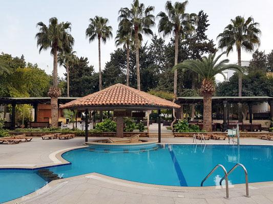 Gartenanlage unseres Hotels Pia Bella