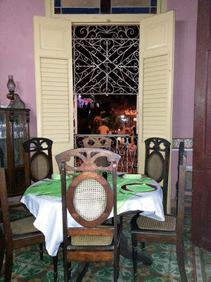 Bar Restaurante Esquerra