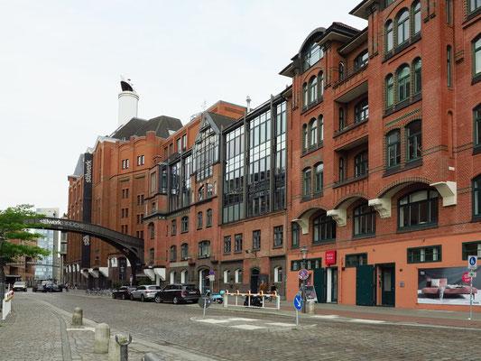 Große Elbstraße mit stilwerk Hamburg