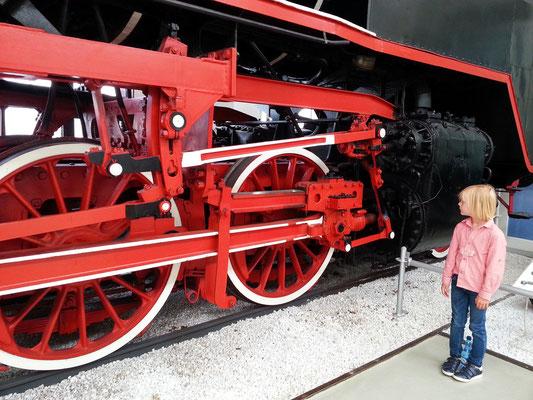 Schwere Güterzuglokomotive mit Schlepptender, Baureihe 44