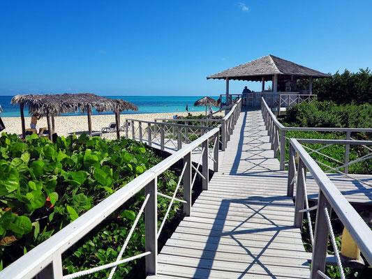 "Steg zur Strandbar ""La Duna"" und zur Playa Canon"