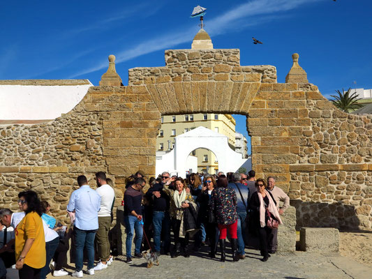 Puerta de la Caleta