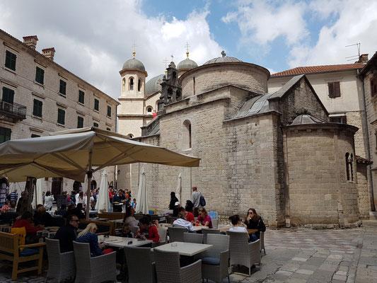 Serbisch-orthodoxe Kirche des Heiligen Lukas