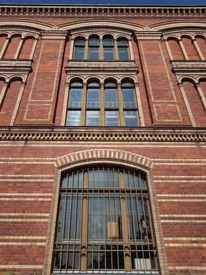 Alte Universitätsbibliothek, 1880 bis 1882 nach Plänen von Martin Gropius erbaut
