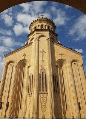 Ostfassade der Sameba-Kathedrale