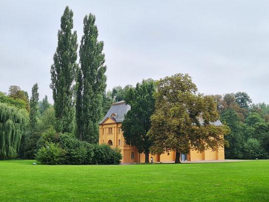 Reithaus im Park an der Ilm