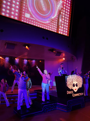 Lasershow und Show: Disco Connection nach 22 Uhr