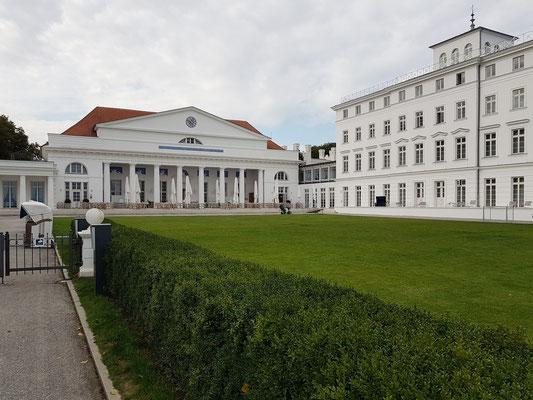 Gebäude des Gran Hotels Heiligendamm (mit Gourmet-Restaurant Friedrich Franz)