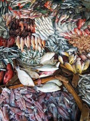 Fischmarkt Halaka nahe der Al-Mina-Moschee
