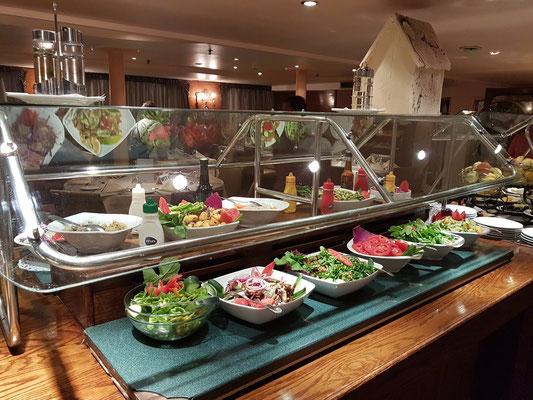 Salat- und Vorspeisen-Buffet